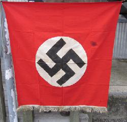 click to see fl385-wwii-german-podium-banner