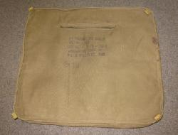 click to see av552-wwii-us-army-air-force-seat-pack-parachute-cushion