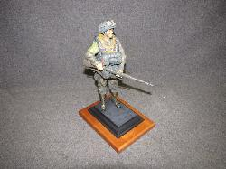 click to see um230-wwii-us-soldier-statue