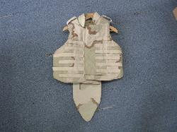 click to see SALE UF-848, 2nd Gulf War US Flak Vest
