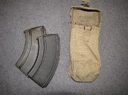 fr119-wwii-british-bren-pouch-with-magainzes
